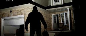 A Benevento è allarme gang: seviziano moglie di un medico e svaligiano la villa