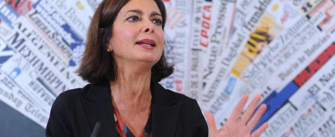 La Boldrini non riesce a stare zitta: «Salvini e Di Maio sono maschilisti»