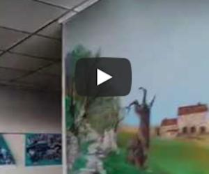 Lascia la sigaretta accesa, a fuoco casa di riposo: 1 morto e 16 intossicati (video)