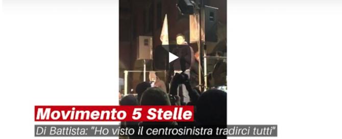 """Squallido Di Battista contro Berlusconi """"anziano"""": «Ormai è rincoglionito!» (video)"""