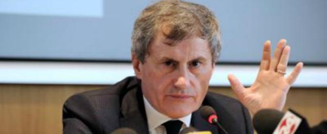 Alemanno: «Roma si consola con l'aglietto della Formula E. Colpa della Raggi»