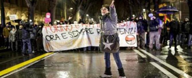 """La """"cattiva maestra"""" antifascista di nuovo in piazza. La faranno deputata"""