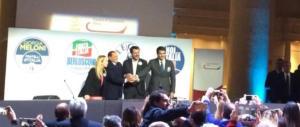 """Meloni lancia il """"patto di pietra"""". Berlusconi: «Siamo 4 eroi, votateci»"""