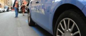 Milano, romeno tenta di investire con l'auto suoi connazionali: scoppia maxi rissa
