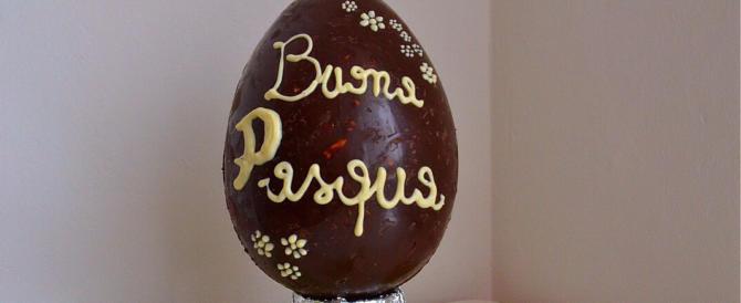 L'Occidente arretra di fronte all'Islam: scompare la parola Pasqua dalle uova