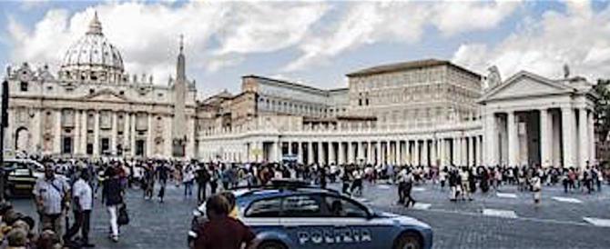 Ior, il Tribunale vaticano rinvia a giudizio l'ex presidente e il suo legale