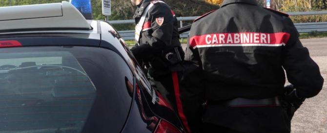 Milano: egiziano afferra una ragazza, la spinge a terra e tenta di violentarla