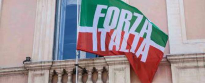 Forza Italia al M5S: «Non prendiamo schiaffi da voi, siete solo infantili»