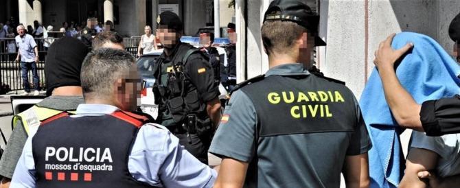 """Catalogna, sette separatisti arrestati per """"terrorismo e ribellione"""""""