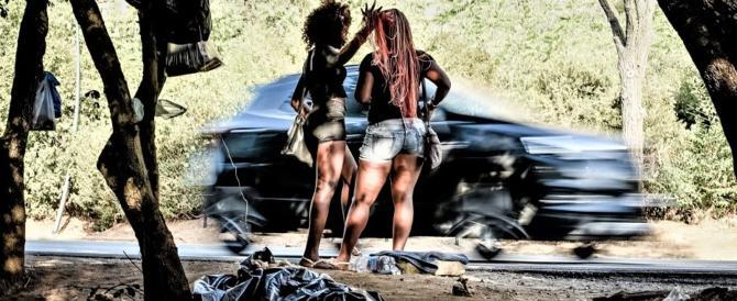 """Firenze """"africana"""": riti vodoo, sesso e schiavismo. Arrestata una coppia di nigeriani"""