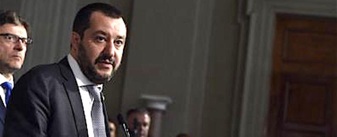 """Governo, Dibba e Berlusconi per Salvini """"pari sono"""": «Basta insulti»"""