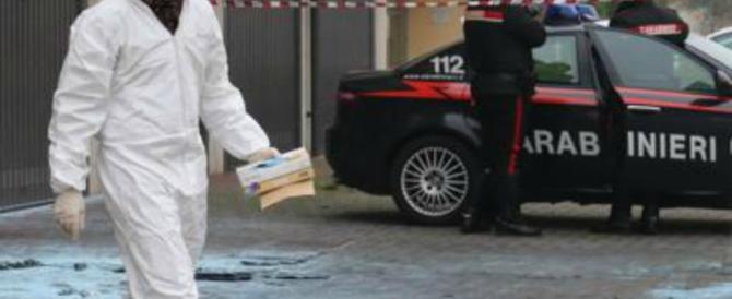 Dramma in famiglia: padre 77enne uccide un figlio e ne ferisce un altro