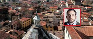 Pistoia: il sindaco di destra depura il centro da sexy shop, slot e money transfer