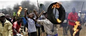 Morta Winnie Mandela, l'anima nera di Nelson. Causò torture e uccisioni