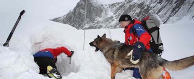 Valanga in Val d'Aosta: morti 2 sciatori, 2 estratti vivi dal Soccorso alpino