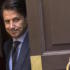 Conte si arrende, il veto di Mattarella blocca tutto. Ora è caos istituzionale