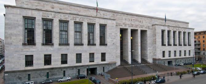 Riabilitazione Berlusconi, la Procura minaccia: «Valuteremo se fare opposizione»