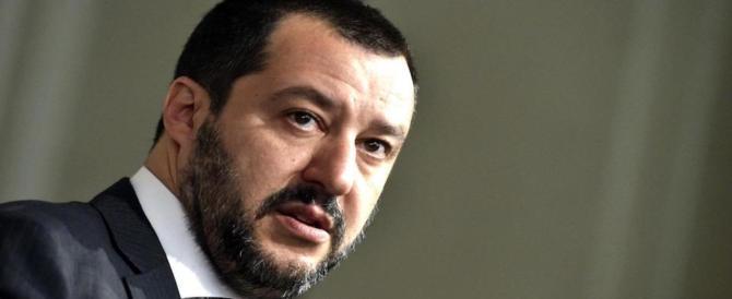 Salvini: «Se Berlusconi vota il governo Cottarelli, l'alleanza non esiste più»