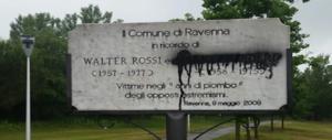Ravenna, imbrattata la lapide in ricordo di Mario Zicchieri nel parco cittadino