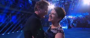 """""""Ballando con le stelle"""" finisce tra le lacrime per la storia della moglie di Bocci"""