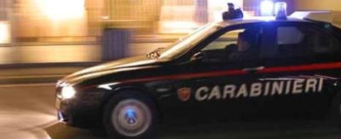 Roma, albanese non si ferma all'alt e tenta di investire un carabiniere