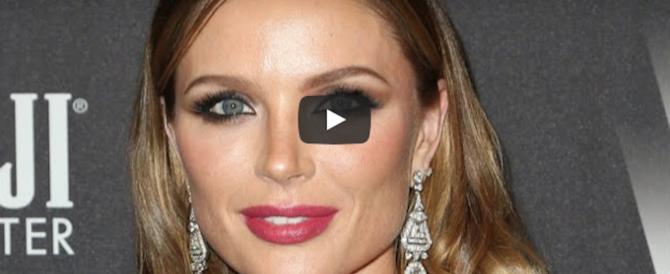 Caso Weinstein, la moglie Georgina rompe il silenzio: «Non sapevo, sono a pezzi» (video)