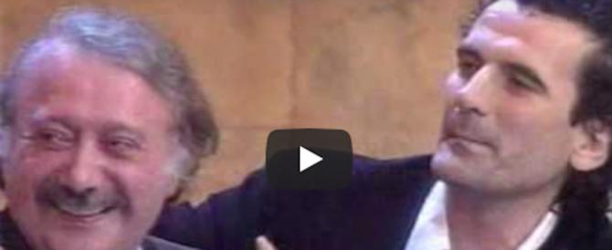 Gianni Minà compie 80 anni. Quelle interviste a De Andrè, Gaber e Troisi passate alla storia (video)
