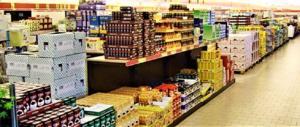 La crisi dei governi Pd spinge nei discount la maggioranza delle famiglie