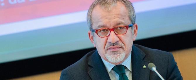 Maroni lancia l'appello a Salvini: «Ripensaci, i 5 Stelle sono inaffidabili»
