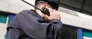 Aggredì un agente e gli fratturò lo zigomo: niente galera. Protesta il Sap