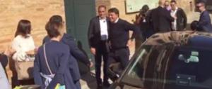 Renzi a Salvini e Di Maio:  «Siete una vergogna». E sogna di fare il mediano