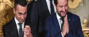 Salvini e Di Maio giurano al Quirinale tra sorrisi ostentati e timori nascosti