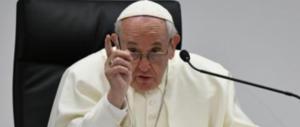 L'anatema del Papa contro le aziende: «Sacrificano vite per il guadagno»