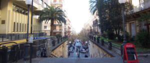 Napoli, «Via dal Vomero»: accoltellato un 15enne. Si fa luce sugli aggressori