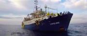 Lifeline, la Francia provoca ancora: «Tocca all'Italia accogliere la nave»