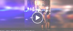 Pisa sconvolta da una rissa notturna tra decine di immigrati spacciatori (video)