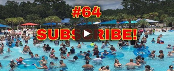Bambina scompare sott'acqua in piscina, bagnina la salva (video)