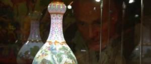 Fu ritrovato per caso in una mansarda, vaso cinese venduto per 16 milioni