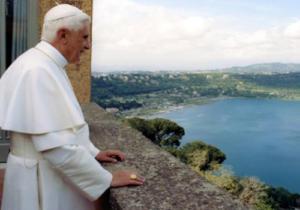 Benedetto XVI a Castelgandolfo