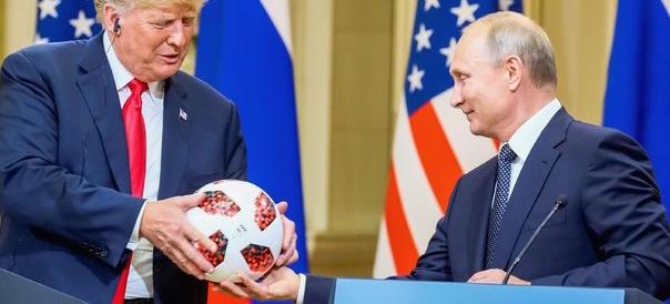 Putin: «Basta guerra fredda». Trump: «Il Russiagate una farsa»