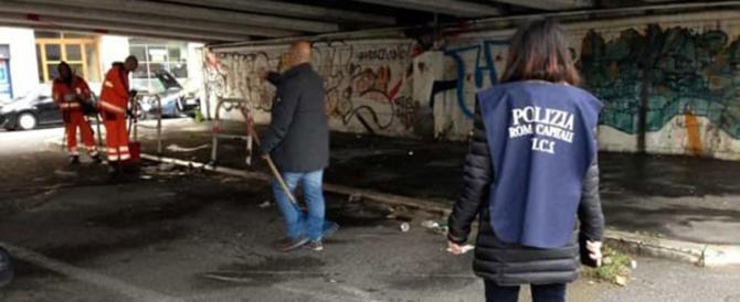 Tensione tra migranti e polizia nella tendopoli alla Stazione Tiburtina: 34 irregolari