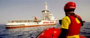 Open Arms: Josefa vuole denunciare l'Italia. Il Viminale: usata a fini politici