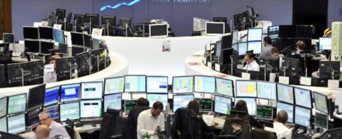 """La Borsa tiene poi la """"fuga"""" di Tria la affossa, sale ancora lo spread"""