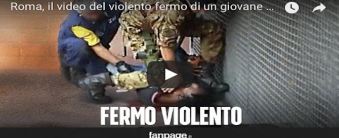 un normale controllo? due militari fermano con forza un sospetto all`uscita della metro di roma. (video)