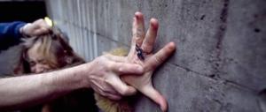 Buonisti e stupratori, rapporto choc sugli abusi sessuali nelle Ong: «Endemici»