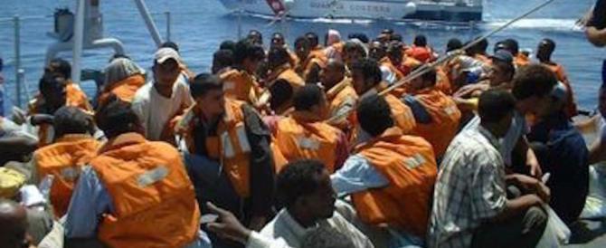 Un sondaggio conferma l'allarme: aumentano gli italiani contrari agli sbarchi