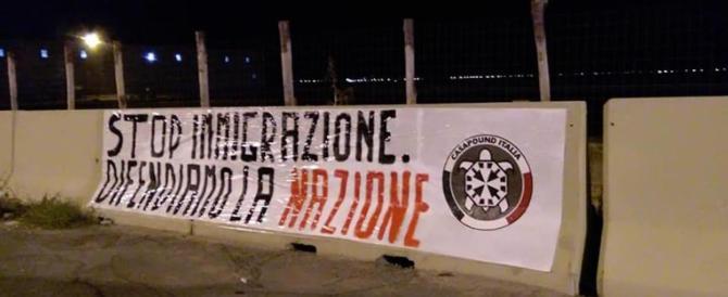Il vescovo di Trapani contro Salvini: non minacciare le manette contro i poveri