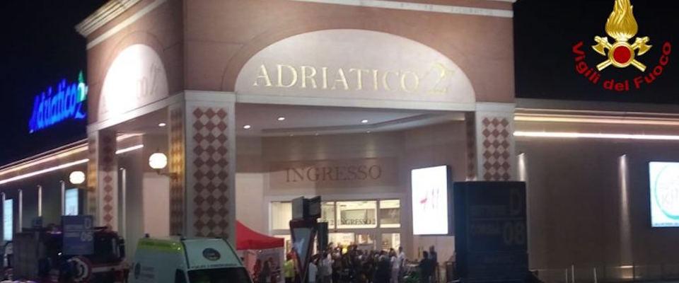 Venezia, panico al centro commerciale: clienti intossicati da sostanza misteriosa