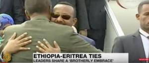 «Una nuova era di pace» tra Etiopia ed Eritrea: firmata la fine della guerra (video)