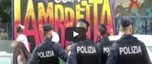 Milano, sgomberato il Lambretta. Gli antagonisti frignano: «Colpa di Salvini» (video)